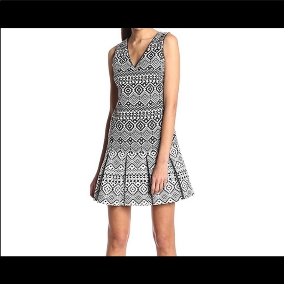 Jessica Simpson Pleated dress
